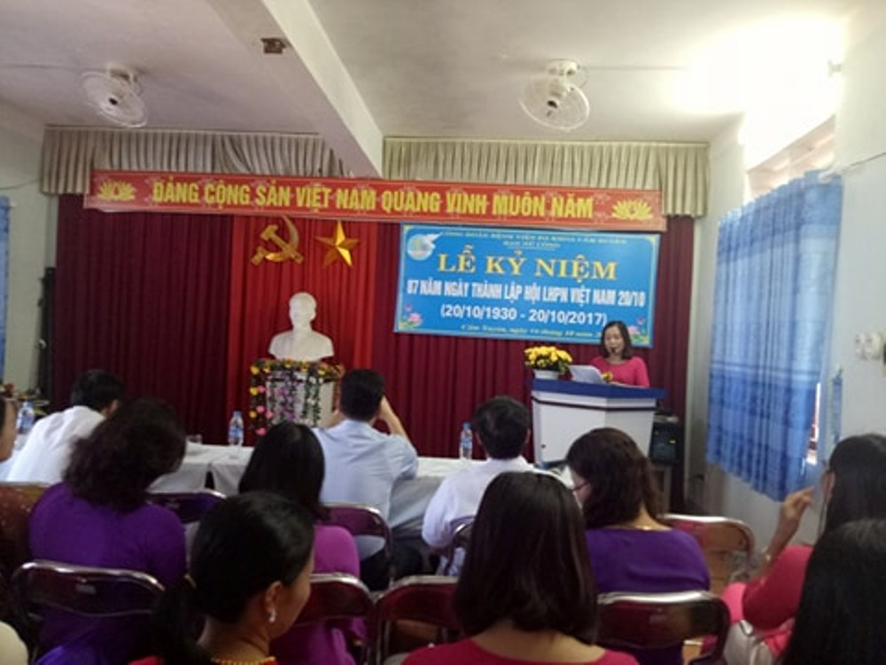 Bệnh viện đa khoa huyện Cẩm Xuyên tổ chức Kỷ niệm ngày Phụ nữ Việt Nam 20/10 Thứ sáu - 20/10/2017 14:00