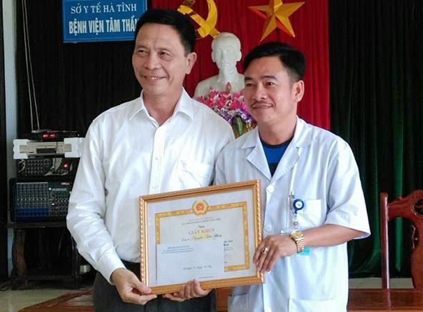 Đảng bộ Sở Y tế: Tuyên dương 02 tập thể, 06 cá nhân tiêu biểu trong học tập và làm theo tư tưởng, đạo đức, phong cách Hồ Chí Minh